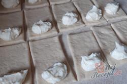 Příprava receptu Zázračné těsto z tvarohu - tvarohové buchty, ktere nekynou, krok 2