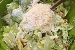 Příprava receptu Cézar salát s kuřecím masem, krok 5