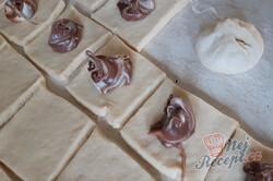 Příprava receptu Domácí kynuté buchty s nutelou, krok 1