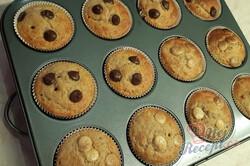 Příprava receptu Chutné banánové muffiny s čokoládou, krok 1