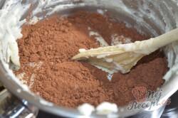 Příprava receptu Jednoduchý 15 minutovy tříbarevný dort bez pečení a želatiny, krok 6