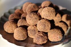 Příprava receptu Extra kakaové kuličky bez pečení se salkem hotové za 10 minut, krok 2