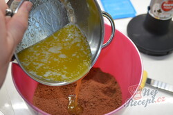 Příprava receptu Nepečený jahodový dezert se sušenkami, krok 3
