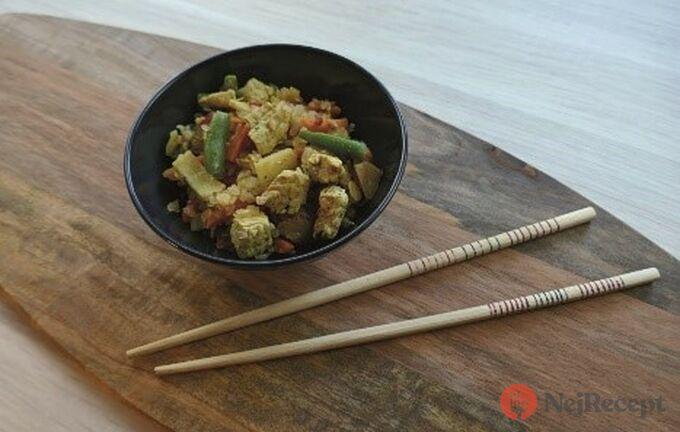 Recept Shirataki růže s krůtími prsy a zeleninou