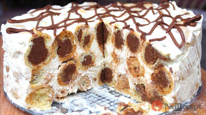 Recept Famózní smetanový dort s Eclair kuličkami