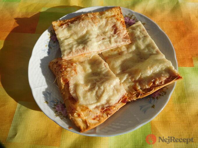 Recept Rychlá pizza z listového těsta