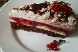Příprava receptu Svěží rybízový dort s piškoty, krok 7