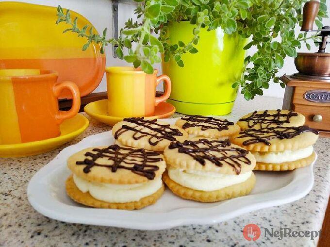 Recept Sušenky s kokosovým krémem