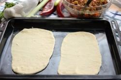 Příprava receptu PIDE - turecké rychlé občerstvení, krok 1