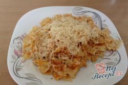 Recept Těstoviny s kuřecím masem a rajčatovou omáčkou