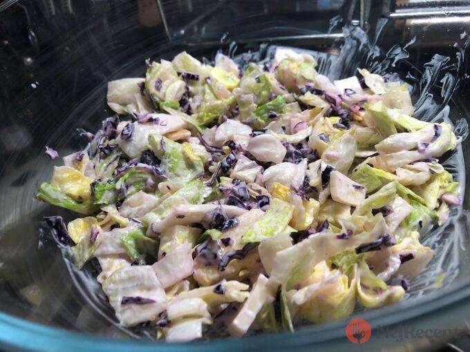 Recept Fatastický, lehký a chutný FIT salát s červeným zelím a bílým jogurtem
