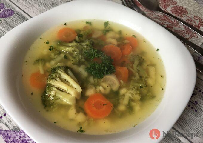 Recept Letní brokolicová polévka