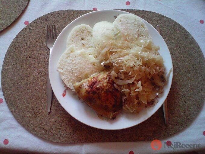 Recept Kuřecí maso na hlávce zelí