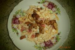 Recept Lehký těstovinový salát s kuřecím masem a jogurtem