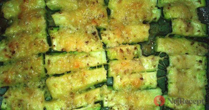 Recept Vynikající křupavé cuketové hranolky se sýrem