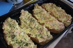 Příprava receptu Horké sendviče z dětství, krok 1