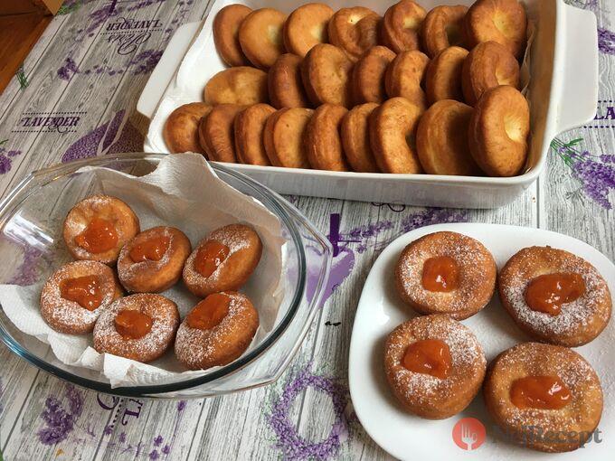 Recept Fantastické máslové koblihy s domácí marmeládou
