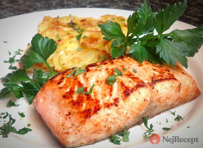 Recept Losos pečený na másle a gratinované brambory