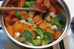 Příprava receptu Vepřová pečeně se smetanovo zeleninovou omáčkou, krok 3
