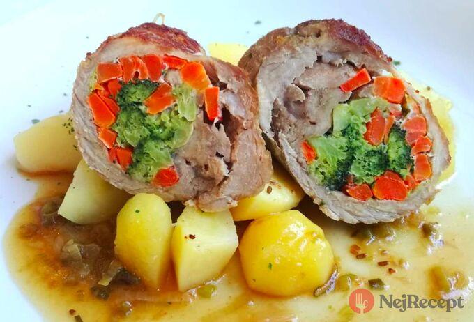 Recept Vepřové rolky plněné brokolicí, mrkví a nivou