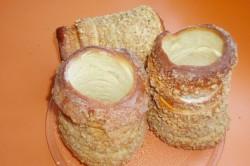 Příprava receptu Trdelníky s ořechovou drobenkou, krok 13
