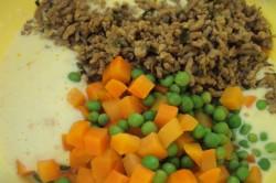 Příprava receptu Slavnostní slaná bábovka se slaninkou a houbovou omáčkou, krok 3