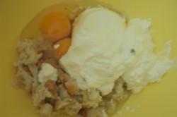 Příprava receptu Slavnostní slaná bábovka se slaninkou a houbovou omáčkou, krok 2