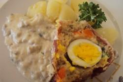 Příprava receptu Slavnostní slaná bábovka se slaninkou a houbovou omáčkou, krok 9