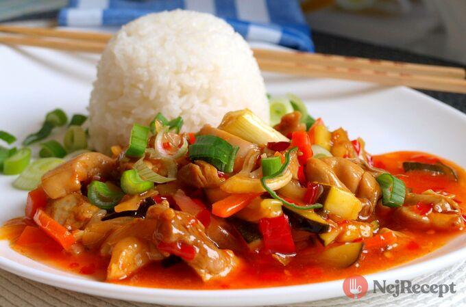 Recept Směs kuřecího masa a zeleniny ve sladké chilli omáčce