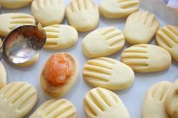 Příprava receptu Křehoučké máslové sušenky, krok 10