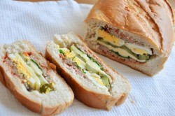 Příprava receptu Plněný chlebíček na snídani nebo k večeři, krok 5