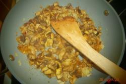 Příprava receptu Houbová smetanová omáčka, krok 2