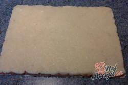 Příprava receptu Roláda z dortových oplatek, krok 9