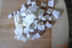 Příprava receptu Zeleninový salát s balkánem, krok 10