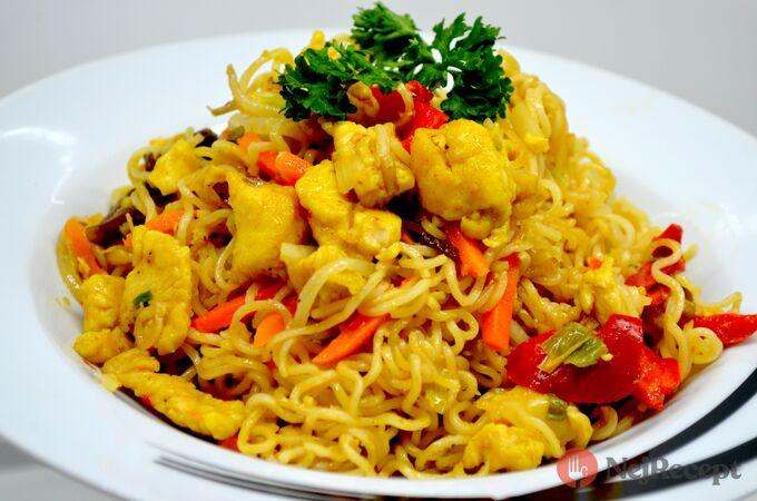 Recept Čínské nudle s kuřecím masem připravené za 15 minut