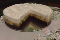 Příprava receptu Výborný jablečný koláč se sněhovou peřinkou, krok 15