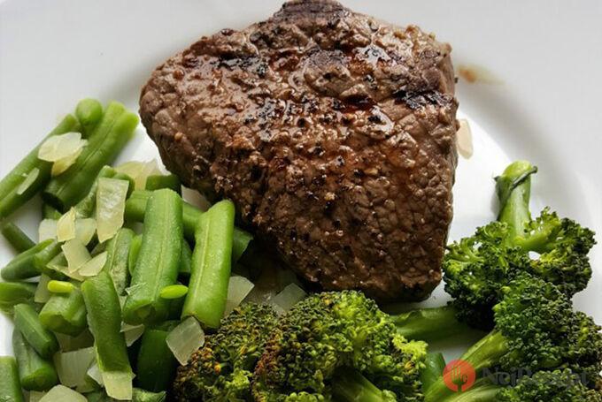 Recept Hovězí steak se zeleninou