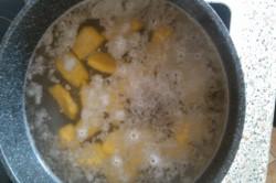 Příprava receptu Dýňové noky se špenátem, krok 6