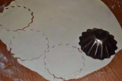Príprava receptu Slané mušle z lístkového cesta, krok 1