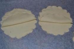 Príprava receptu Slané mušle z lístkového cesta, krok 2