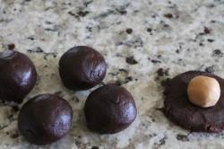 Příprava receptu Kakaové sušenky s arašídovým krémem, krok 3