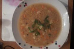Příprava receptu Polévka z červené čočky s bramborem, krok 2