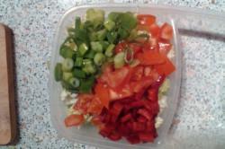 Příprava receptu Salát s krabími tyčinkami a rýžovými nudlemi, krok 3