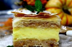 Příprava receptu Jablečné řezy s pudinkem z listového těsta, krok 1
