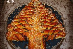 Recept na sladký vánoční stromeček plněný čokoládou, nutelou, marmeládou..., krok 4