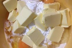Příprava receptu Fenomenální medové řezy s ořechy, krok 1
