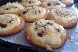 Příprava receptu Kynuté koláče s drobenkou, krok 8