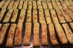 Příprava receptu Slané tyčinky ze zakysané smetany, krok 7