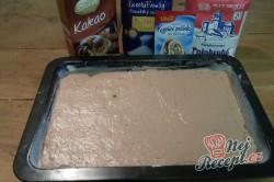Příprava receptu Fantastické pudinkové řezy se šlehačkou a jahodami, krok 5