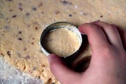 Příprava receptu Slaninové pagáče se sýrem bez kynutí, krok 2